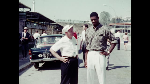 1960 oscar robertson interview - rome, italy home movie - 1960 stock-videos und b-roll-filmmaterial