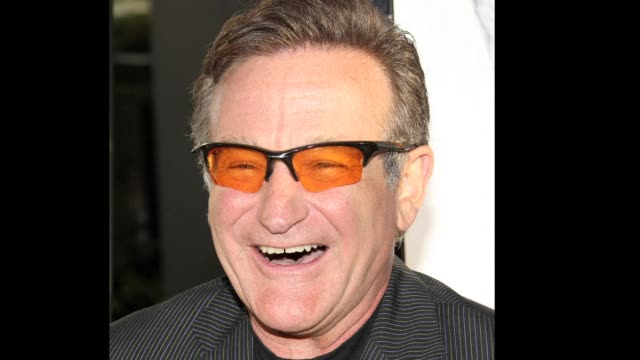 vídeos de stock e filmes b-roll de oscar winning actor and comedian robin williams was found dead at his home in california from suspected suicide - robin williams ator