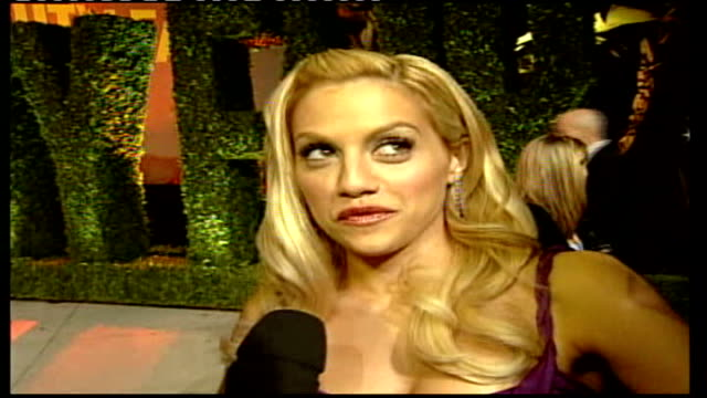 Oscars ceremony 2006 Brittany Murphy SOT Kiera Knightley actrss talking to Sylvester about the Oscars experience SOT Reporter to camera