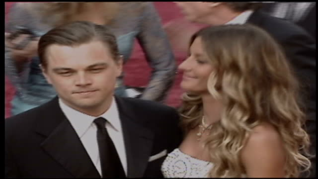 preview r28020510 usa california los angeles ext beyonce arriving at oscars ceremony leonardo dicaprio and girlfriend giselle arriving natalie... - penélope cruz stock videos and b-roll footage