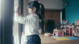 Osoji - Japanese children cleaning the house on New Year's Eve