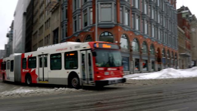 ottawa buss efter blizzard - ottawa bildbanksvideor och videomaterial från bakom kulisserna
