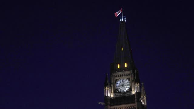 ottawa parliament clock tower at night - parliament building stock videos & royalty-free footage