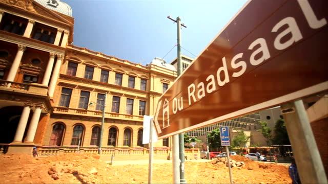 pan ws ou raadsaal building/ pretoria/ south africa - pretoria stock videos & royalty-free footage