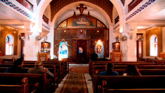 stockvideo's en b-roll-footage met our lady of zeitoun church view of church interior the virgin mary is said to have miraculously appeared above the church in 1968 - gelovige