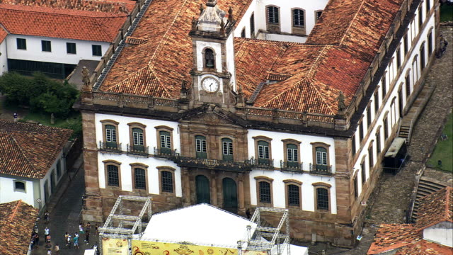 ouro preto  - aerial view - minas gerais, ouro preto, brazil - preto stock videos & royalty-free footage
