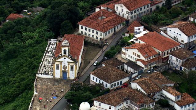 vídeos de stock e filmes b-roll de ouro preto igrejas-vista aérea-minas gerais, ouro preto, brasil - preto