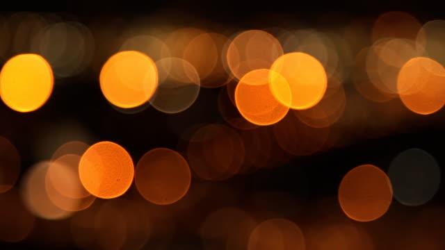 fuori fuoco traffico - dorato colore descrittivo video stock e b–roll