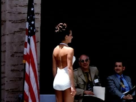 outdoor beauty contest at palace of fine arts, san francisco, california, usa - 美人コンテスト点の映像素材/bロール