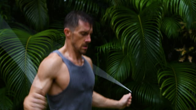 outdoor fitness session - 30 34 years stock videos & royalty-free footage