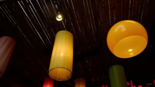 vidéos et rushes de jardin et éclairage extérieur - décoration de fête