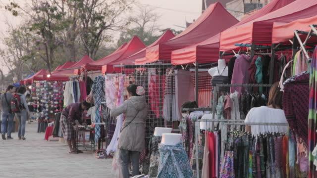 ws outdoor market / vientiane, laos - laos stock videos & royalty-free footage