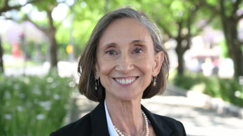 outdoor portrait of senior businesswoman - profile stock videos & royalty-free footage