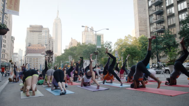 Outdoor Yoga Cl Empire State