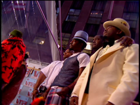 OutKast Arriving to the 2002 MTV Video Music Awards Red Carpet