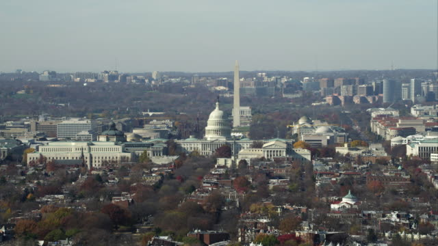 over capitol hill, looking down the national mall. shot in november 2011. - artbeats stock videos & royalty-free footage