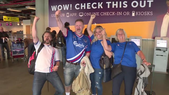 vídeos de stock, filmes e b-roll de overbooked flights sold out jersey stores and a feverish countdown to sunday it's all things football in iceland right now as their national team... - euro 2016