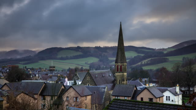 vidéos et rushes de overcast day in selkirk - time lapse - scottish culture
