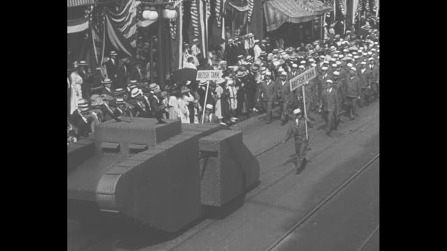 overhead shot of 9/28/1918 liberty bond parade in ny city during world war i attended by expresident theodore roosevelt large us flag flying from... - theodore roosevelt us president stock videos & royalty-free footage