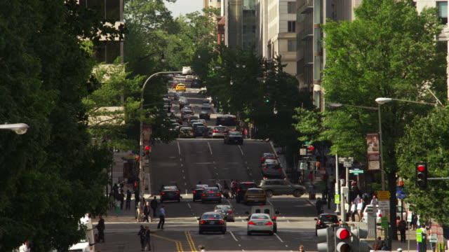 overhead view of 12th street at madison drive in washington dc. shot in may 2012. - artbeats video stock e b–roll