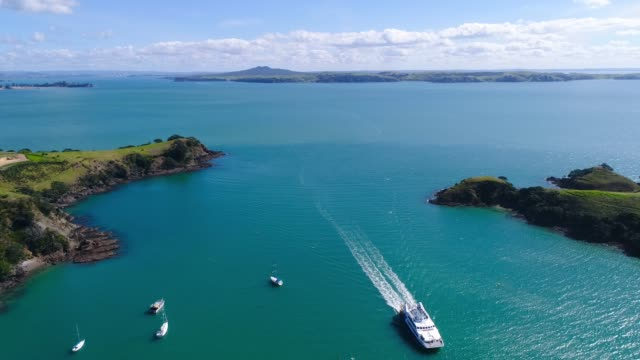 overhead view of ferry coming from auckland. - south pacific ocean stock videos & royalty-free footage
