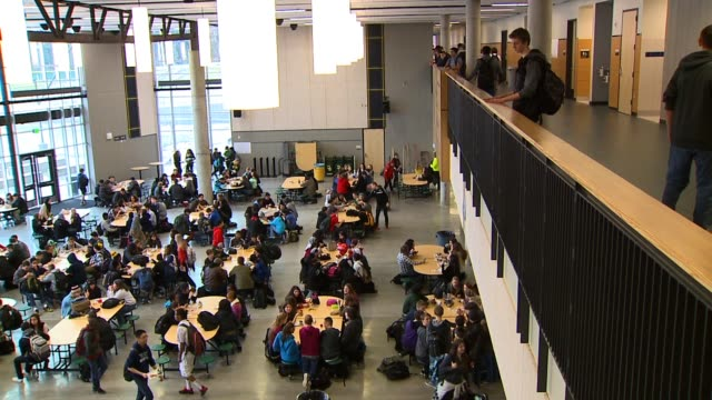 kcpq overhead view of high school cafeteria - kantine stock-videos und b-roll-filmmaterial