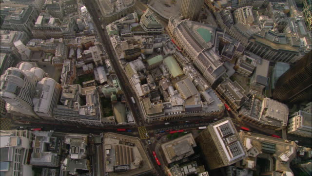 overhead wide shot pan london financial district streets and rooftops / london - hd format stock-videos und b-roll-filmmaterial