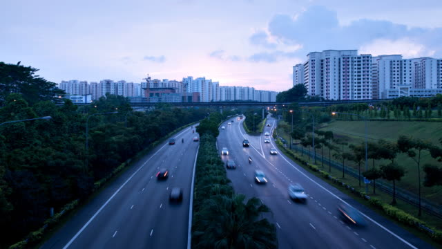 vidéos et rushes de présentation de tampines expressway - véhicule utilitaire léger
