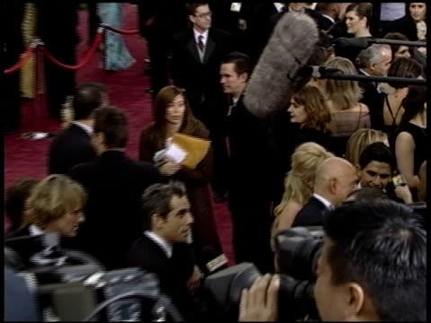 owen wilson at the 2004 academy awards arrivals at the kodak theatre in hollywood, california on february 29, 2004. - オーウェン・ウィルソン点の映像素材/bロール