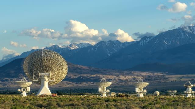 オーウェンズ天文台カリフォルニア州での時間経過のズーム - 天体望遠鏡点の映像素材/bロール