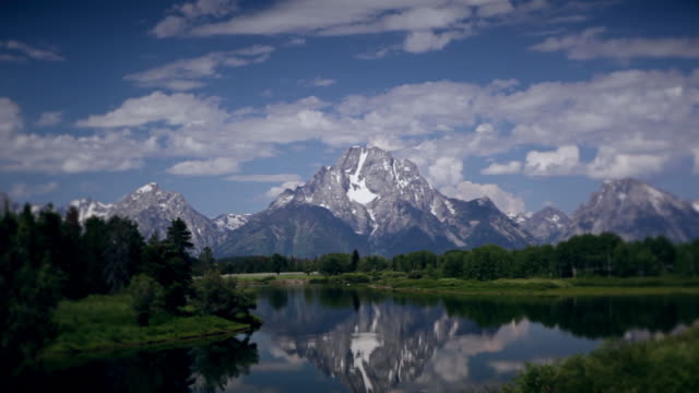 oxbow bend - jackson hole stock-videos und b-roll-filmmaterial