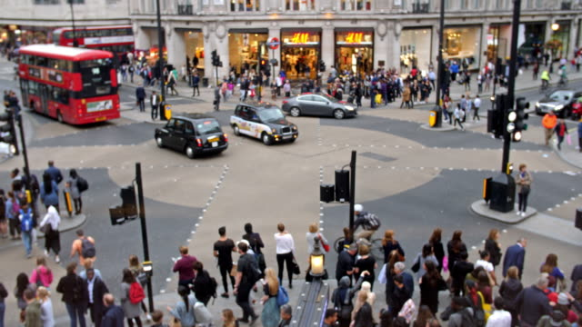 oxford circus crossing aerial view - british culture stock videos & royalty-free footage