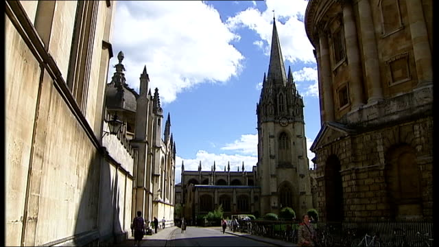 oxford university poetry professor resigns after being accused of smearing rival; england: oxfordshire: oxford: ext general views oxford university,... - oxford university stock videos & royalty-free footage