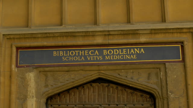 oxford,bodleian library,door sign,, - bodleian library stock videos and b-roll footage