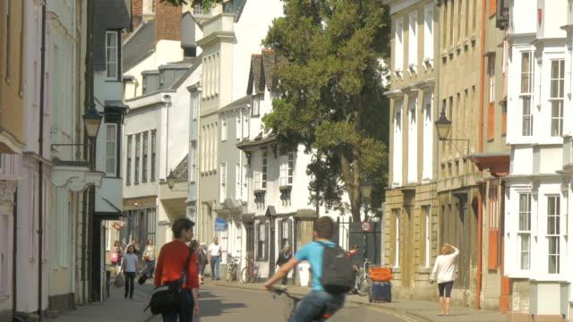 oxford,street scene,bikes,pedestrians,