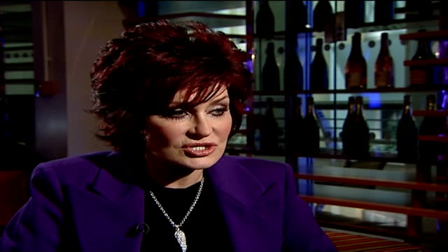vídeos de stock, filmes e b-roll de preview of osbourne family memorabilia auction sharon osbourne interview sot on how kelly couldn't finish her last week in chicago due to an injury... - kelly osbourne