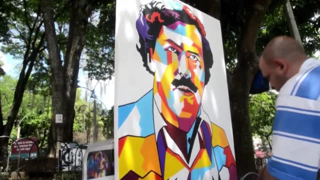 Pablo Escobar refuses to disappear