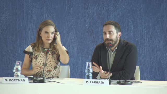 vídeos y material grabado en eventos de stock de interview pablo larrain on why he made a film on jacqueline kennedy onassis at 'jackie' press conference press 73rd venice film festival at palazzo... - entrevista acontecimiento