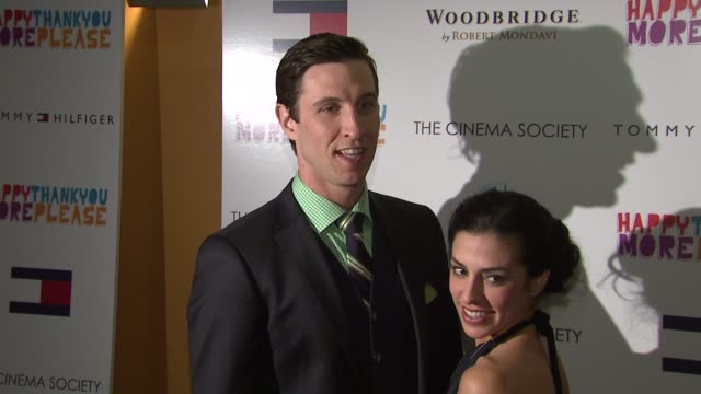 pablo schreiber and jessica schreiber at the premiere of 'happythankyoumoreplease' at new york ny. - パブロ シュライバー点の映像素材/bロール