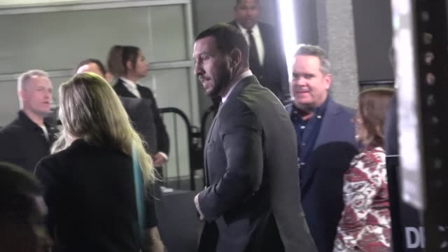 pablo schreiber arrives at the see premiere at fox village theater in westwood in celebrity sightings in los angeles, - パブロ シュライバー点の映像素材/bロール