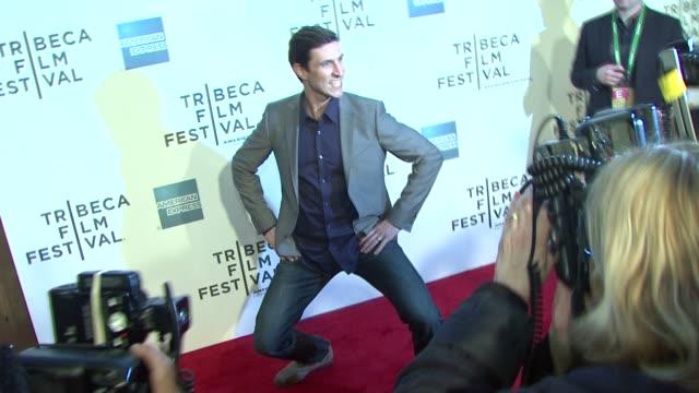 pablo schreiber at the 2011 tribeca film festival - 'the bang bang club' premiere at new york ny. - パブロ シュライバー点の映像素材/bロール
