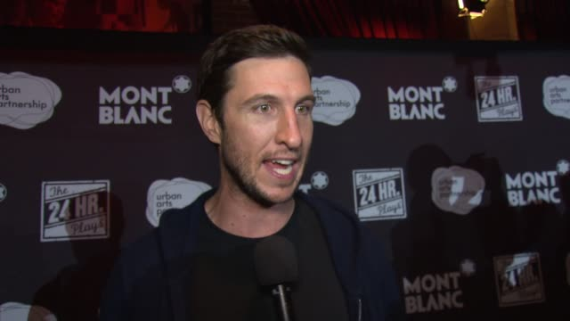 pablo schreiber on his experience at american airlines theatre on november 17, 2014 in new york city. - パブロ シュライバー点の映像素材/bロール