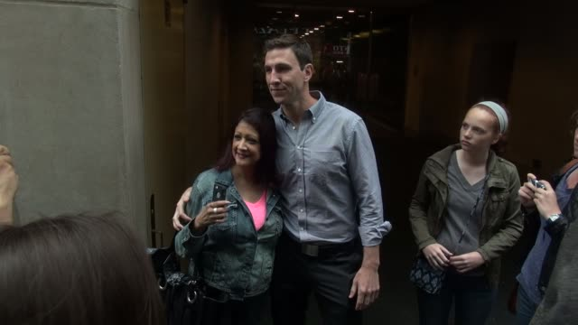 pablo schreiber signs for and poses with fans outside of the today show in rockefeller center before leaving in celebrity sightings in new york, - パブロ シュライバー点の映像素材/bロール
