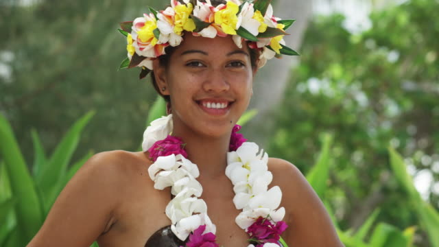 pacific island dancer - polynesian ethnicity stock videos & royalty-free footage