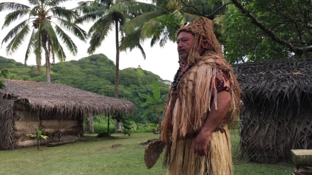 pacific islander tribal chief man in ancient maori village in rarotonga cook islands - polynesian ethnicity stock videos & royalty-free footage