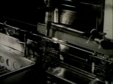 packeting assembly line - historisch stock-videos und b-roll-filmmaterial