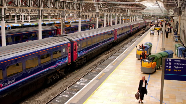 paddington station london - railway station stock videos and b-roll footage