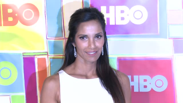 vídeos y material grabado en eventos de stock de padma lakshmi at hbo's official 2014 emmy after party at the plaza at the pacific design center on august 25 2014 in los angeles california - premios emmy