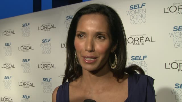 padma lakshmi on the self awards, how it feels to honored, what her efa foundation does, her own struggles with the disease, and what's coming up on... - パドマ ラクシュミ点の映像素材/bロール