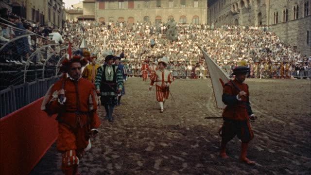 ms pageantry scenes in piazza della signoria / unsepcified - 1954年点の映像素材/bロール